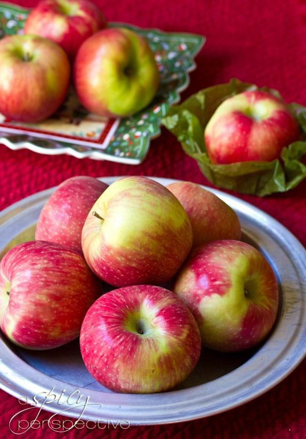 Harry & David Apples | ASpicyPerspective.com #recipe #applepie #holiday